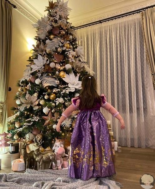 Наша елочка и моя маленькая принцесса