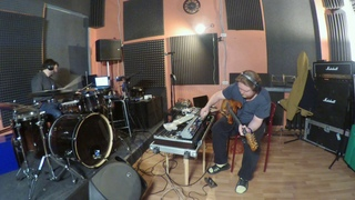 Live drums with guitar,nord drum 3p,korg monologue,korg gadget,xynthesizr