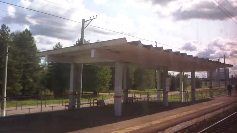 Вдоль парков станции Бекасово Сортировочное по БМО на электропоезде ЭР2Р 7084