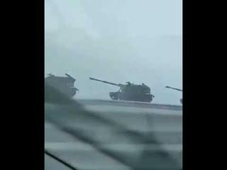 ПУТИН вводит в Крым военную технику,  Вопрос зачем?