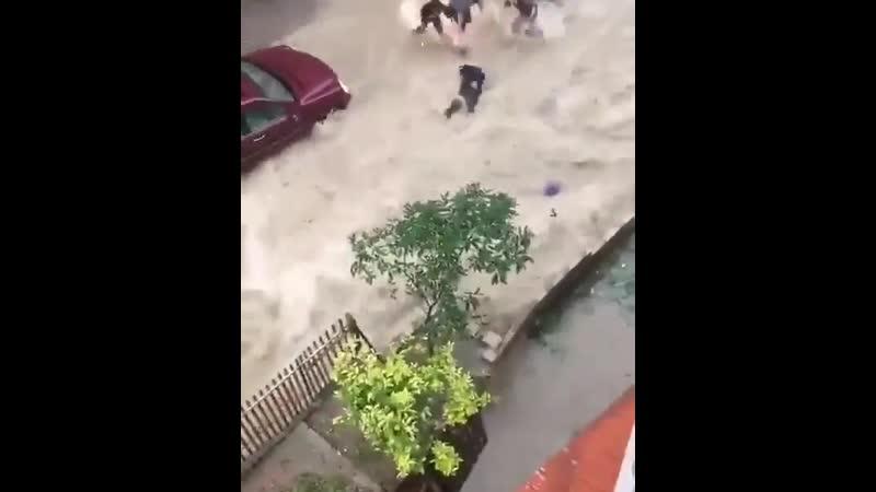 Сильное наводнение в Бейруте Ливан 28 11 2020